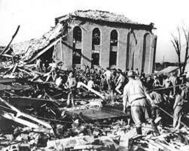 New London School Explosion March 18, 1937. In the U.S.' worst school disaster, nearly 300 people, most of them children, died in a natural gas explosion at New London Consolidated Schoolin Rusk County, Texas.