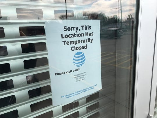 The AT&T on Merle Hay Road temporarily closedMarch 15, 2020 and has been deep cleaned after an employee had contact with someone diagnosed with COVID-19, or coronavirus.