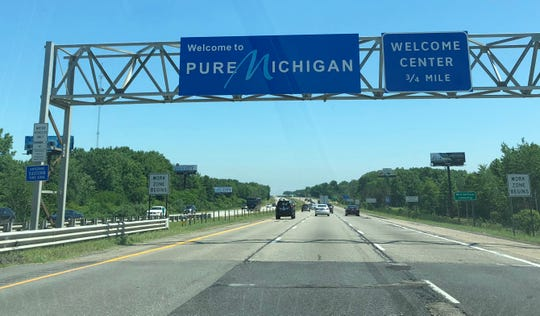 A Michigan welcome center at the border of Indiana near New Buffalo along I-94.