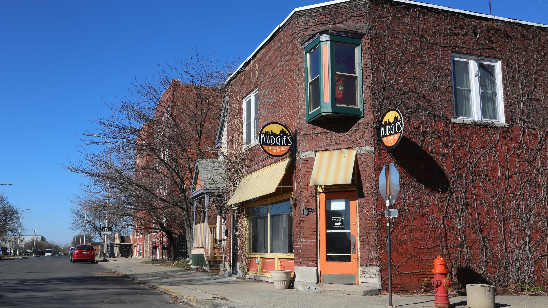 Michigan Bars Restaurants Gyms