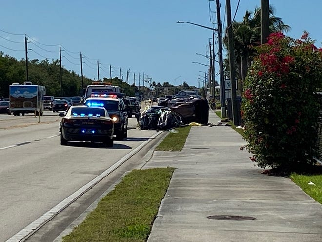 A multiple-fatality crash on San Carlos Boulevard in Fort Myers Beach was being investigated by the Florida Highway PAtrol Monday morning.