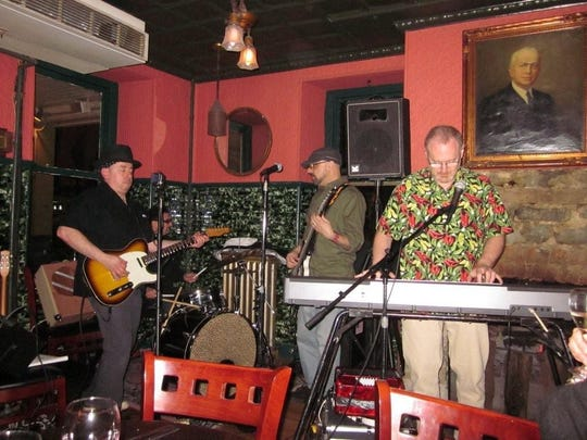 The Hammers at Riegelsville Inn, Pa.: Ira Spinrad on guitar, Ira Kaye substituting on drums, Dominick Zarrillo on bass, Jim Beckerman on keys