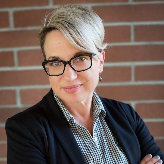 Lynne King Smith