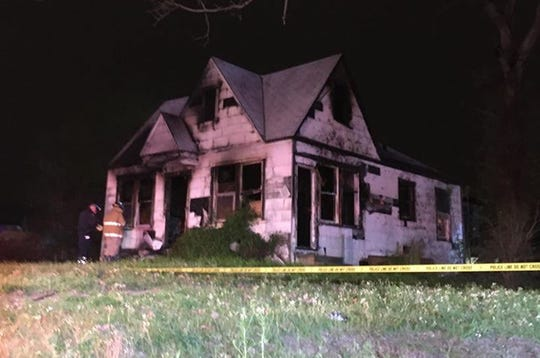 Shreveport Fire Department responded to an abandoned residential structure fire located in the 2600 block of Lakeshore Dr just after 3 a.m. on Monday, March 16, 2020.