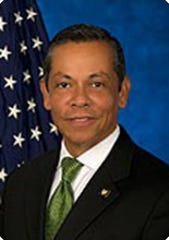 New York City Deputy Mayor Raul Perea-Henze