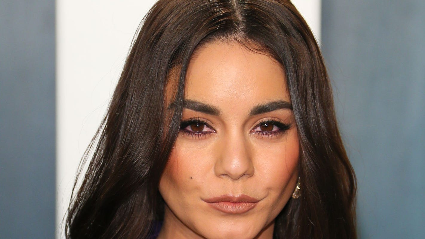 Vanessa Hudgens apologizes for 'insensitive' coronavirus remarks that sparked outrage thumbnail