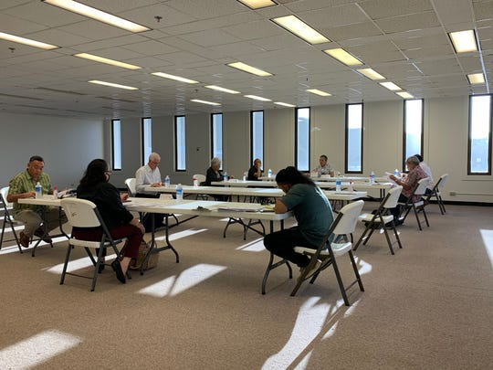 The Guam Election Commission met Thursday afternoon at the GCIC Building to discuss canceling or postponing the March 28 special election for Yona mayor because of the coronavirus pandemic.