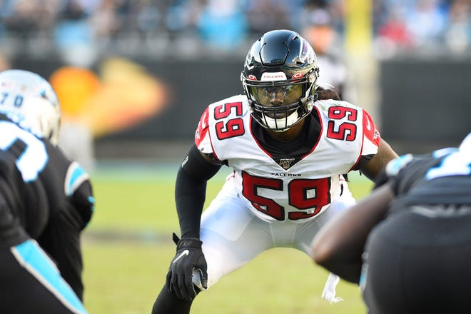 Nov 17, 2019; Charlotte, NC, USA; Atlanta Falcons outside linebacker De'Vondre Campbell (59) at the line of scrimmage in the third quarter at Bank of America Stadium. Mandatory Credit: Bob Donnan-USA TODAY Sports