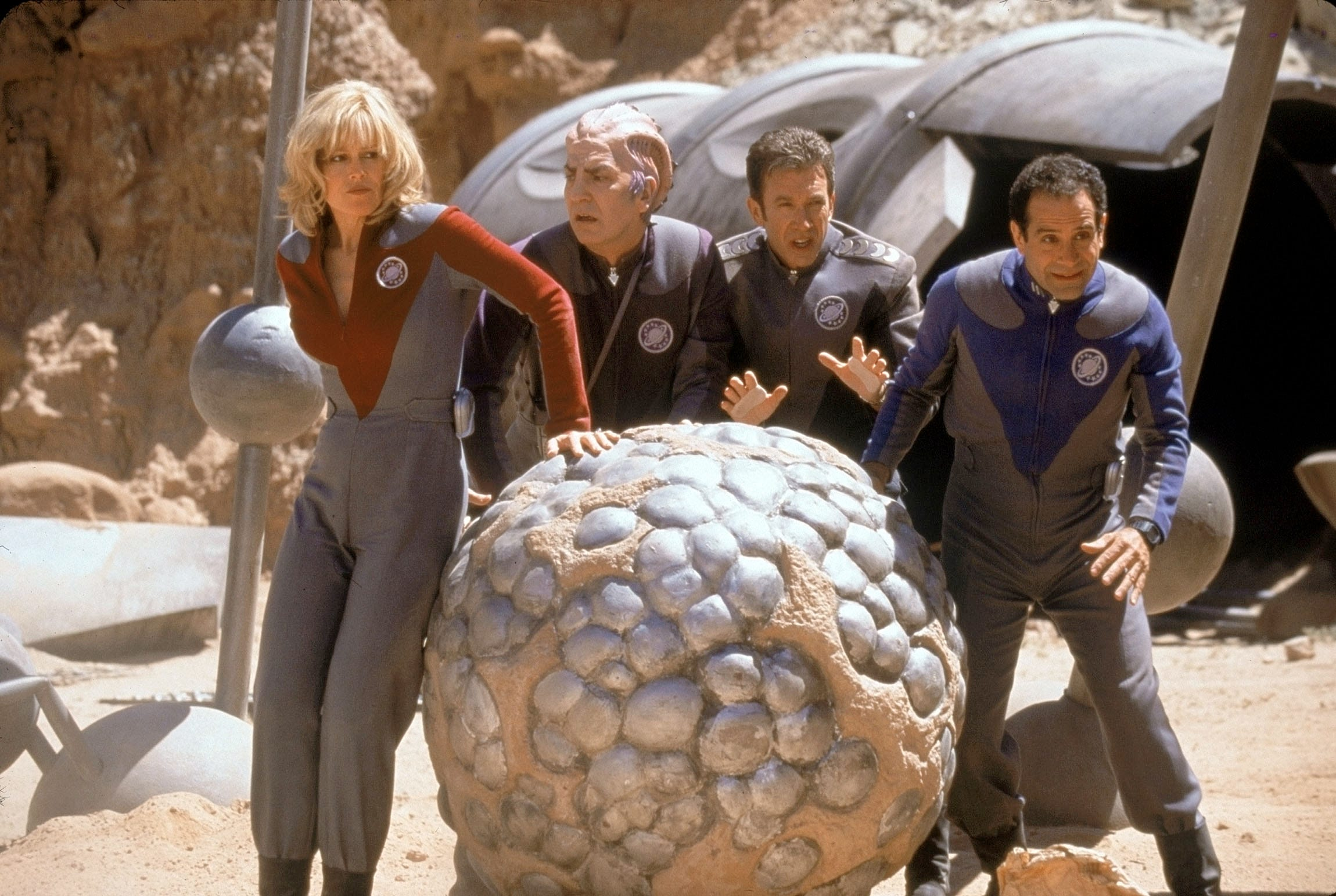 "Sigourney Weaver (from left), Alan Rickman, Tim Allen and Tony Shalhoub star as former sci-fi TV stars who find themselves on a hostile alien planet in ""Galaxy Quest."""