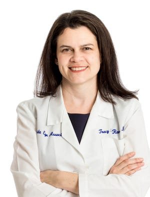 Dr. Tracy Ravin is an ophthalmologist for two Florida Eye institute locations in Melbourne and Cocoa Beach.
