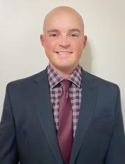 Luke Messmer named new Mount Vernon head football coach.