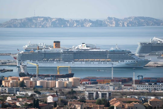 The Costa Luminosa disembarked more than 700 passengers in Marseilles, France, on Friday.