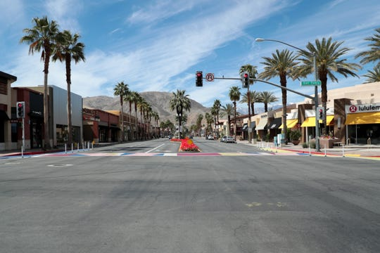 El Paseo streets sit mostly empty on Sunday, March 22, 2020 due to the stay-at-home order by Gov. Gavin Newsom to combat the coronavirus outbreak.