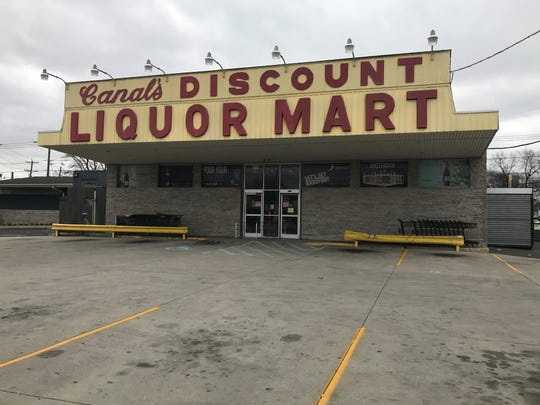 Canal's Discount Liquors in Pennsauken has announced a temporary shutdown to the health risk posed by large crowds of shoppers at the Route 38 store.