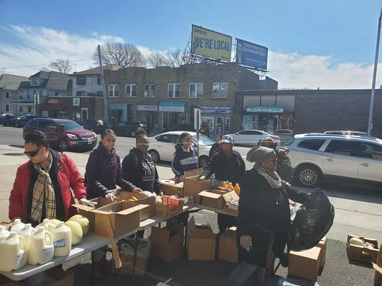 New Destiny, CDC of Roselle, spread hope and cheer with the Giving Back campaign on Saturday, March 21, by distributing packages of food, toiletries, dairy products, fresh fruit, and feminine products to more than 400 residents of Union and Essex counties.
