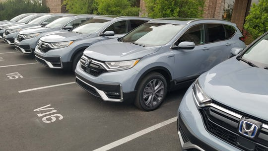 The 2020 Honda CR-V Hybrid is available in Sonic Gray Metallic.