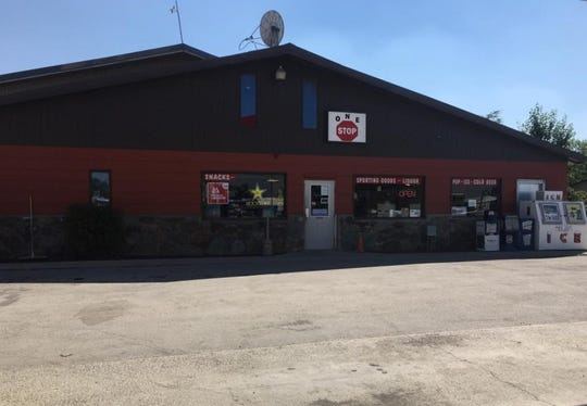 One Stop Cenex in Valier is giving out free hot dog lunches to children and families during the coronavirus shutdowns.
