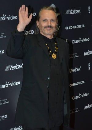 Miguel Bosé dice adiós a su madre, la reconocida actriz española, Lucía Bosé.