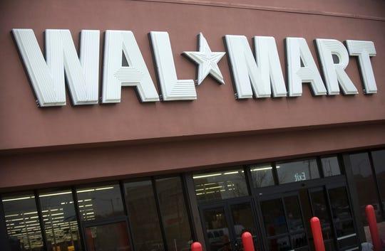 Vista de una tienda de la cadena de tiendas WalMart, el miércoles 30 de marzo de 2011, en Kingstown, Virginia (EEUU).