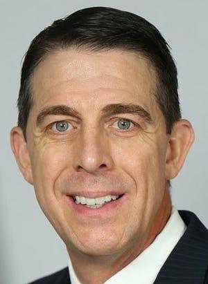 ETBU coach Chris Lovell