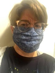 Jean Hall began making face masks to help the Community Healthcare Center.