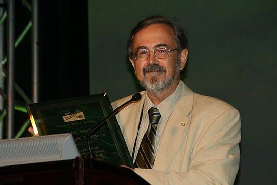 Professor Jim Morris, USC