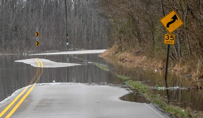 Portions of Ky 414 are underwater in THIS FILE PHOTO OF FLOODING. This is NOT a current photo.