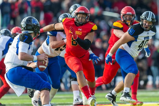 Ferris State defensive lineman and Waverly graduate Austin Edwards (8) is an NFL draft prospect. Edwards was the GLIAC player of the year and named the national defensive player of the year by D2football.com and Don Hansen as a senior.