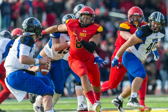 Ferris State defensive lineman Austin Edwards (8), who used to live in Waynesboro, signed with the Atlanta Falcons after the NFL Draft. Edwards was the GLIAC player of the year and named the national defensive player of the year by D2football.com and Don Hansen as a senior.