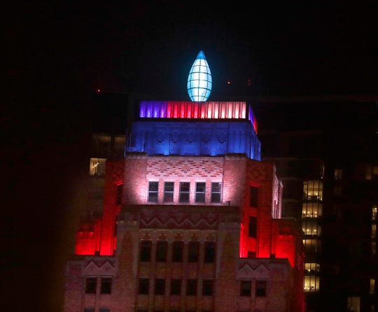 The Gas Light Building joins other downtown businesses that are lit up with patriotic colors of red, white, and blue as a tribute to the resiliency of the nation. The Milwaukee Downtown Business Improvement District is encouraging buildings and landmarks throughout the city to illuminate their facades in light of the coronavirus.