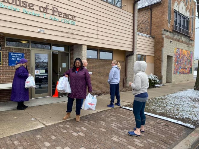 During the coronavirus shutdown, Milwaukee teachers picked up food to deliver to families in the city's 53206 ZIP code. That's now one of three ZIP codes targeted by a new Milwaukee  Public Schools summer meal program.