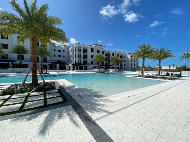 The Ronto Group has completed construction of the 60,000 square foot courtyard amenity deck that is the centerpiece of Eleven Eleven Central's robust amenity offering.