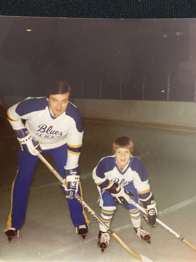 Stevenson Hockey Coach Aims To Continue Late Father S Legacy