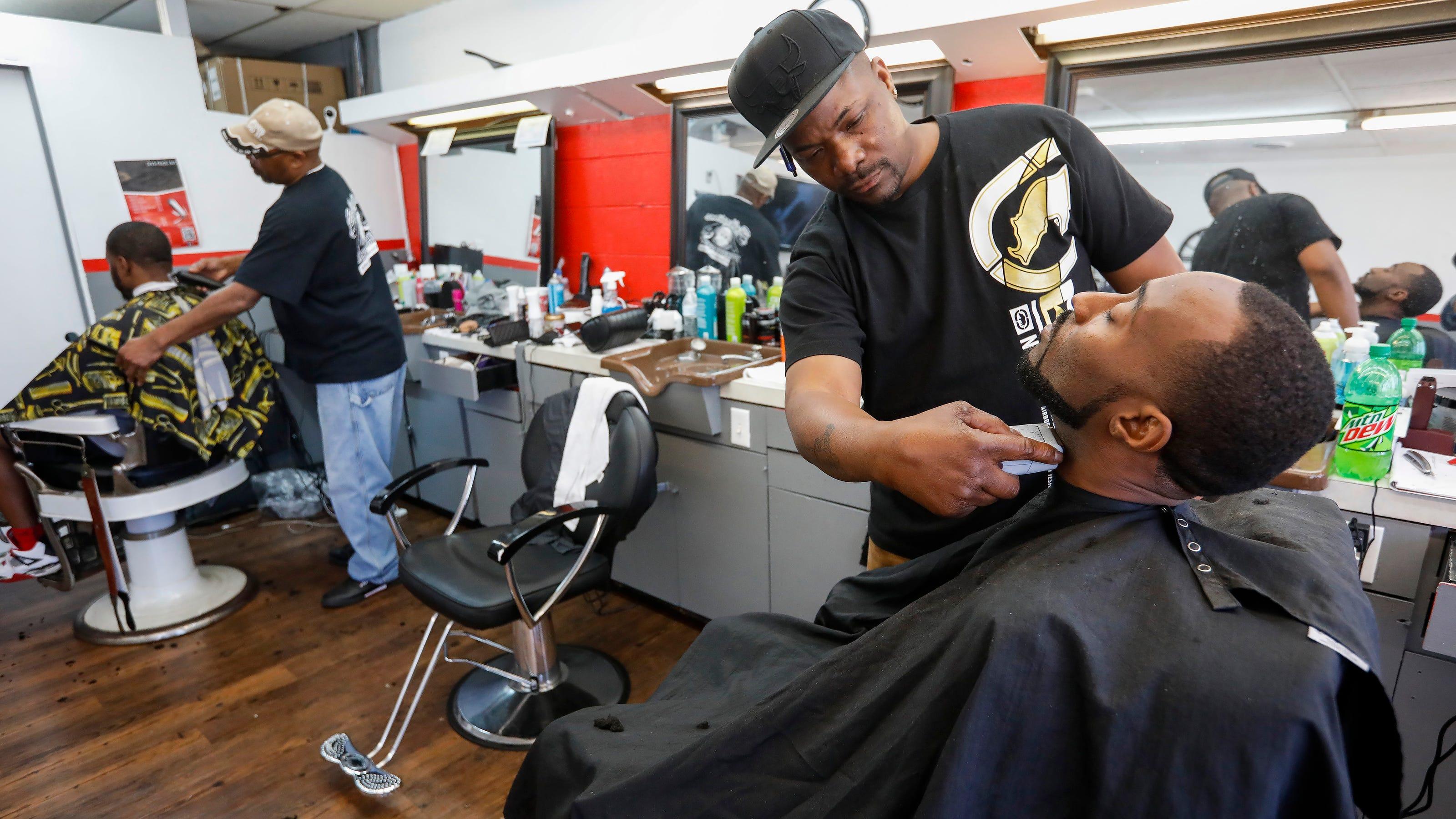 Coronavirus Springfield Barbers Hair Salons Close Due To Covid 19