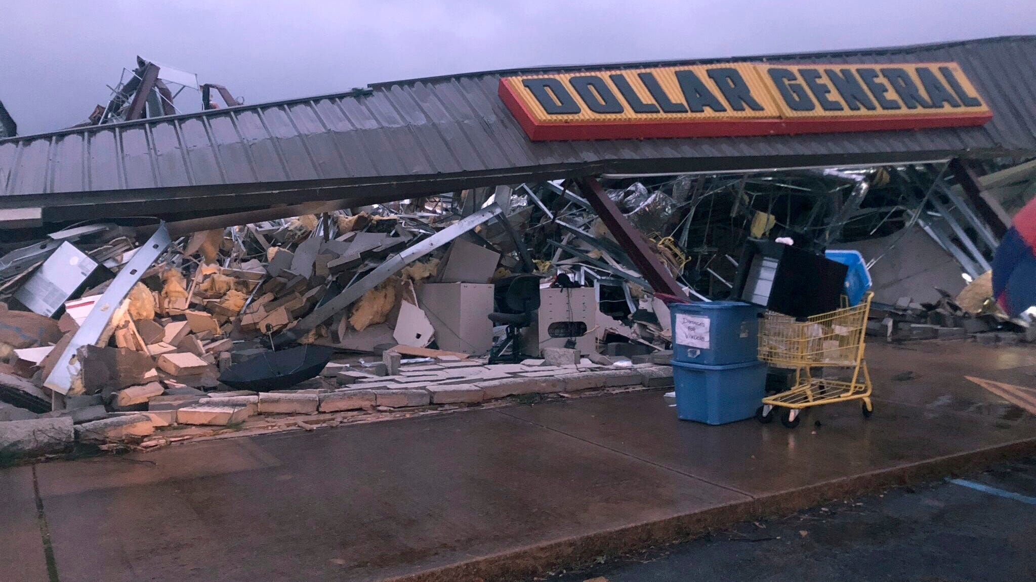 Tornado rips across Mississippi and Alabama, causing injuries and damage