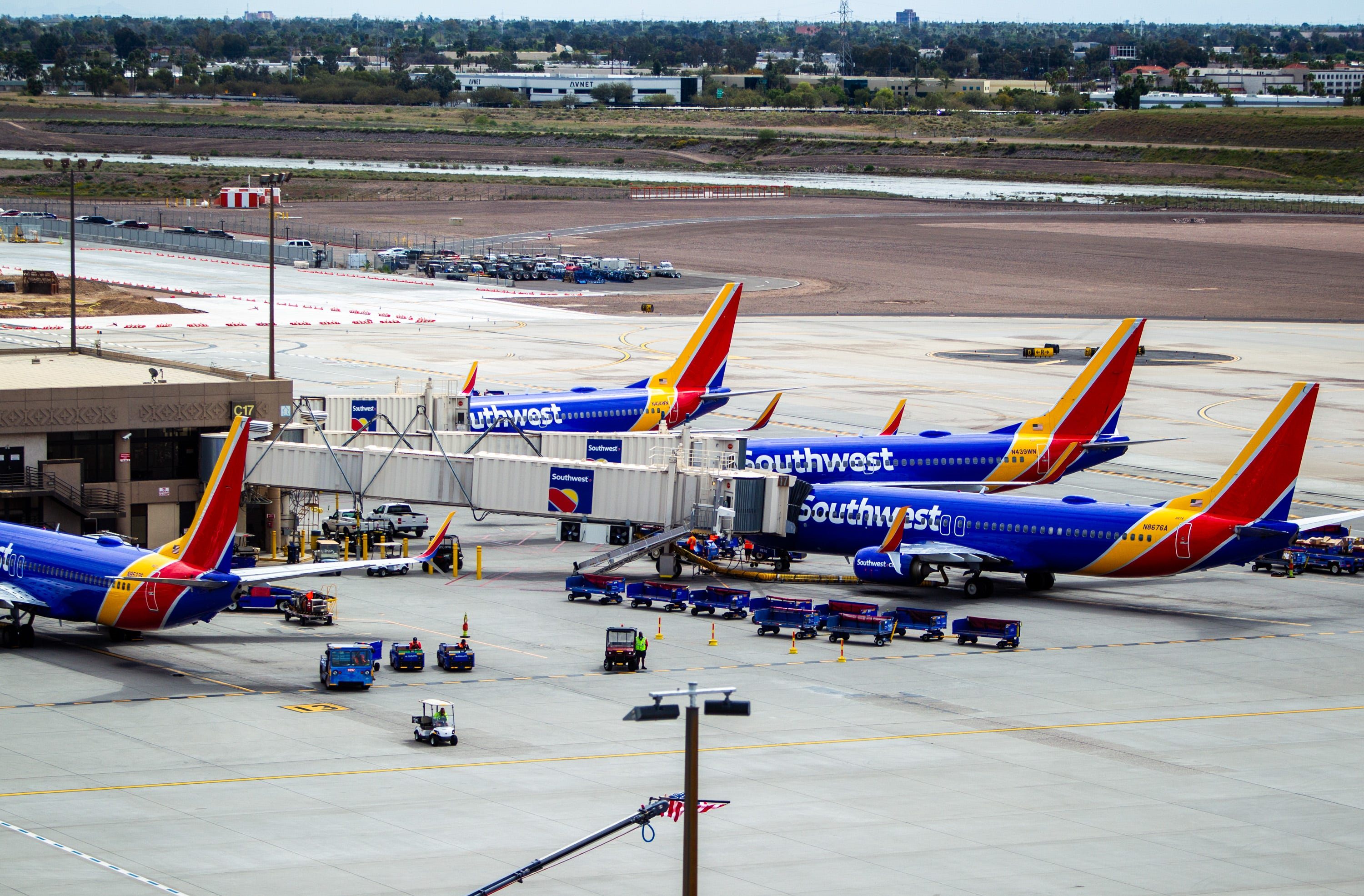 After days of flight delays, cancellations, Southwest Airlines hit with another tech issue