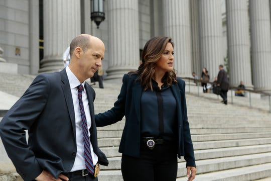 Anthony Edwards as Sgt. John Griffin, and Mariska Hargitay as Olivia Benson on NBC's 'Law and Order: SVU.'
