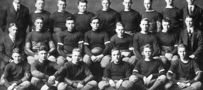 IU football's 1918 team.