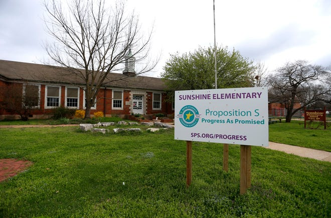 Sunshine Elementary's renovation will not be ready by the start of the school year. Students will attend at Portland instead.