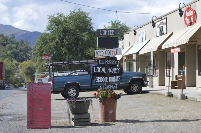 Non-essential businesses, such as gift shops, are closed in Three Rivers.