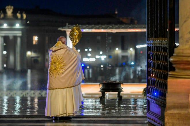 Coronavirus: Pope Francis prays to empty Vatican, St. Peter's Square