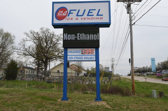 A gas station at the intersection of U.S. Highway 62 and Cranfield Road advertises gas for $1.39 per gallon Monday afternoon. Gas prices are expected to continue to fall as coronavirus pandemic has motorists driving less.