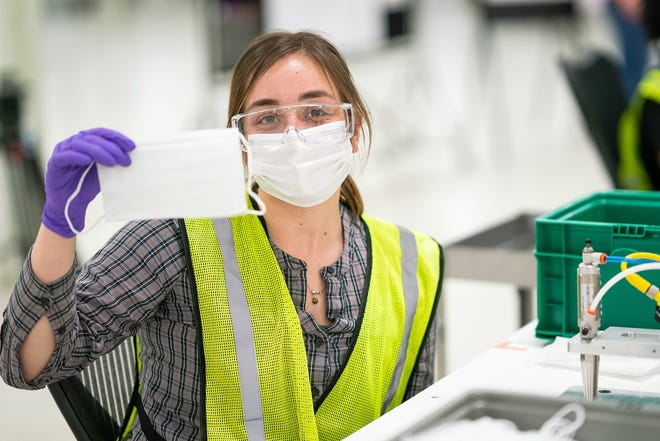 roll surgical masks