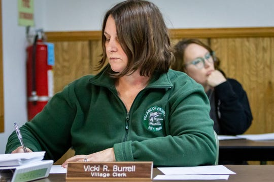 Hesperia's Village Clerk Vicki Burrell takes minutes during the council meeting.