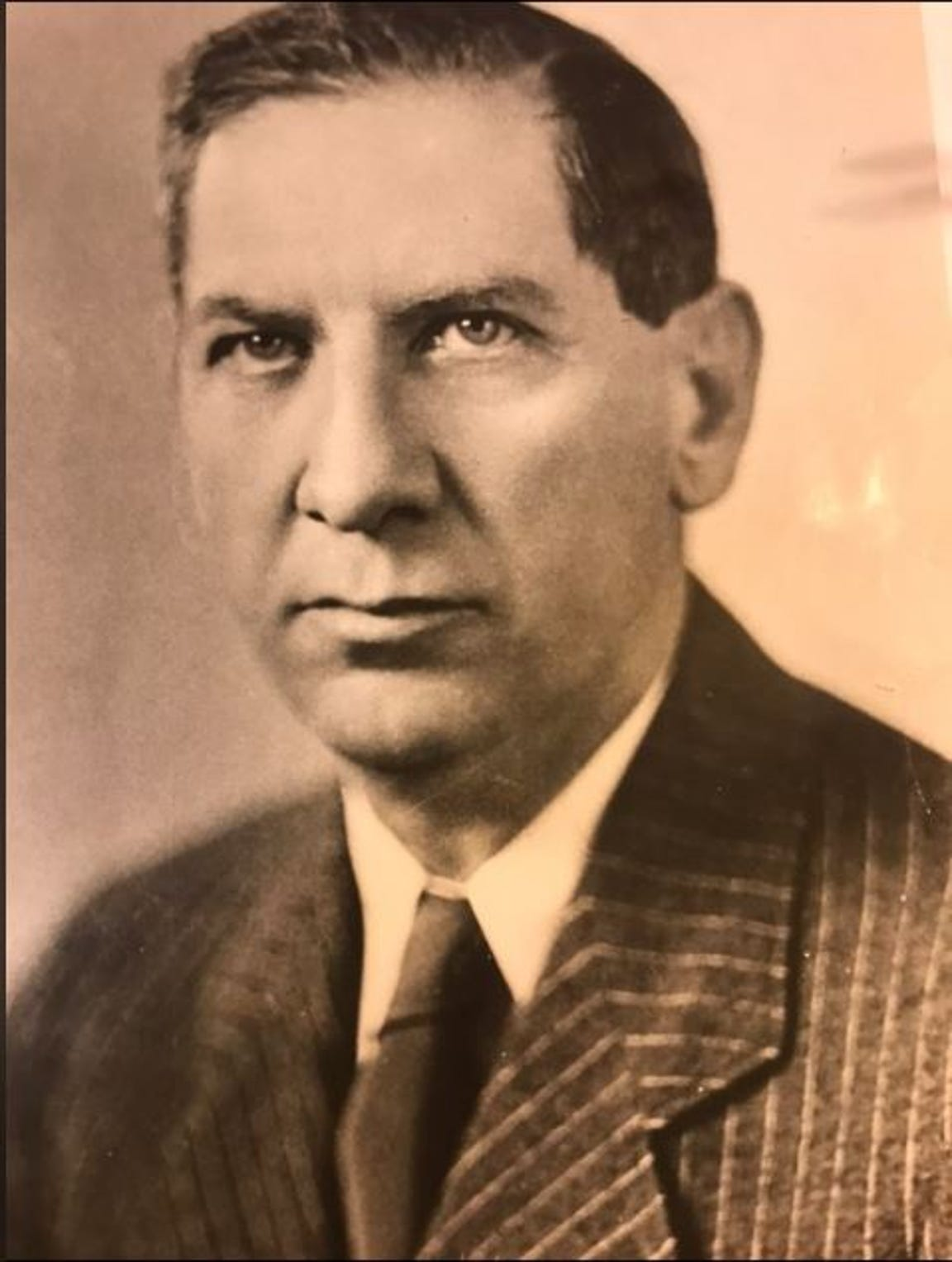 Houston Harte was born on Jan. 12, 1893, in Knob Noster, Missouri, and had owned two newspapers by the time he moved to San Angelo in 1920, to take over The Daily Standard newspaper.