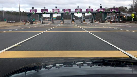 Traffic is extremely light heading north on the Garden State Parkway heading into the Asbury Toll Plaza at about 7:45am Wednesday, April 1, 2020.