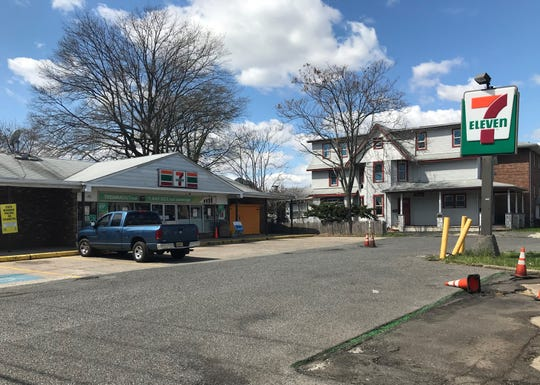 A parking problem outside a 7 Eleven store on the White Horse Pike in Oaklyn led to a lawsuit alleging excessive force by borough police officers.