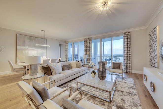 Ronto Group's Seaglass 2004 tower includes furnishings by Robb & Stucky interior designers Susan J. Bleda and Rachelle Porco.