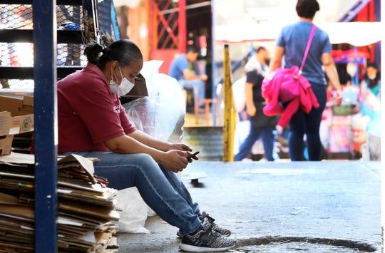 La fuerza laboral latina se ha visto muy golpeada por la crisis del coronavirus.