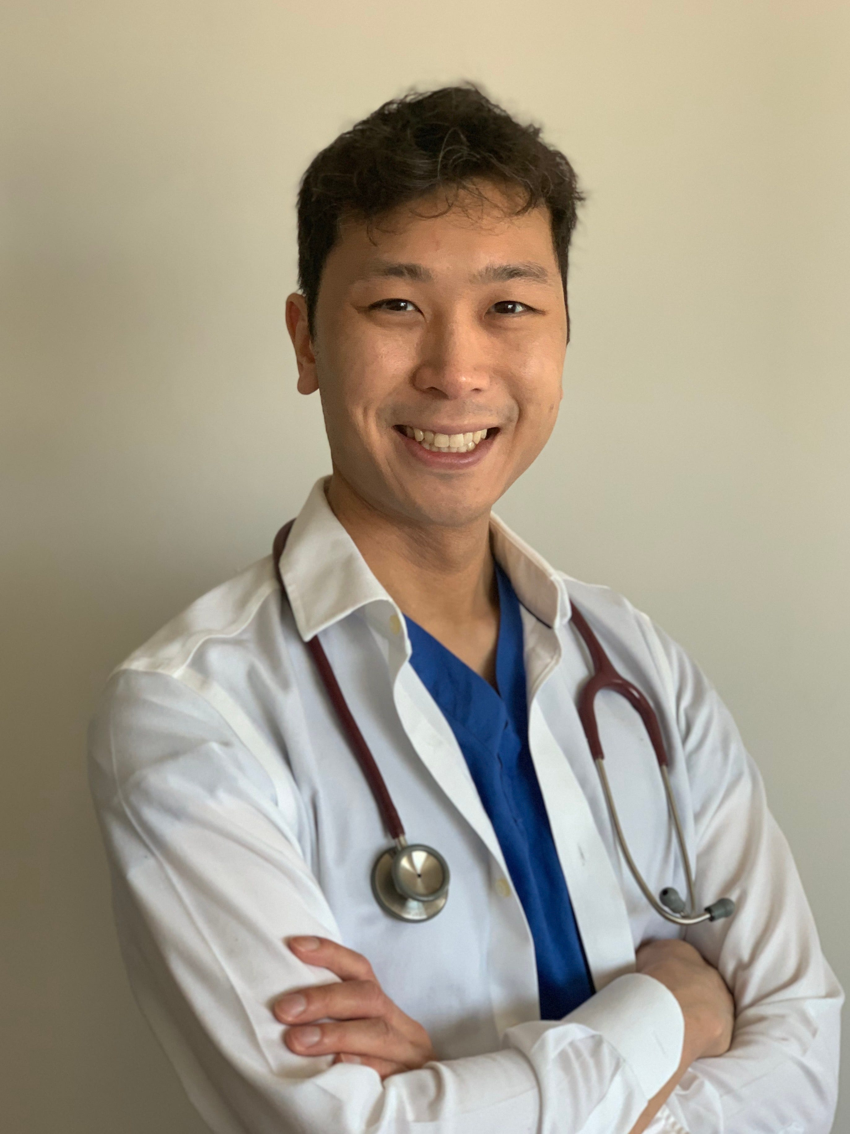 Young doctor: I have coronavirus advice for people my age. Step back, stay healthy